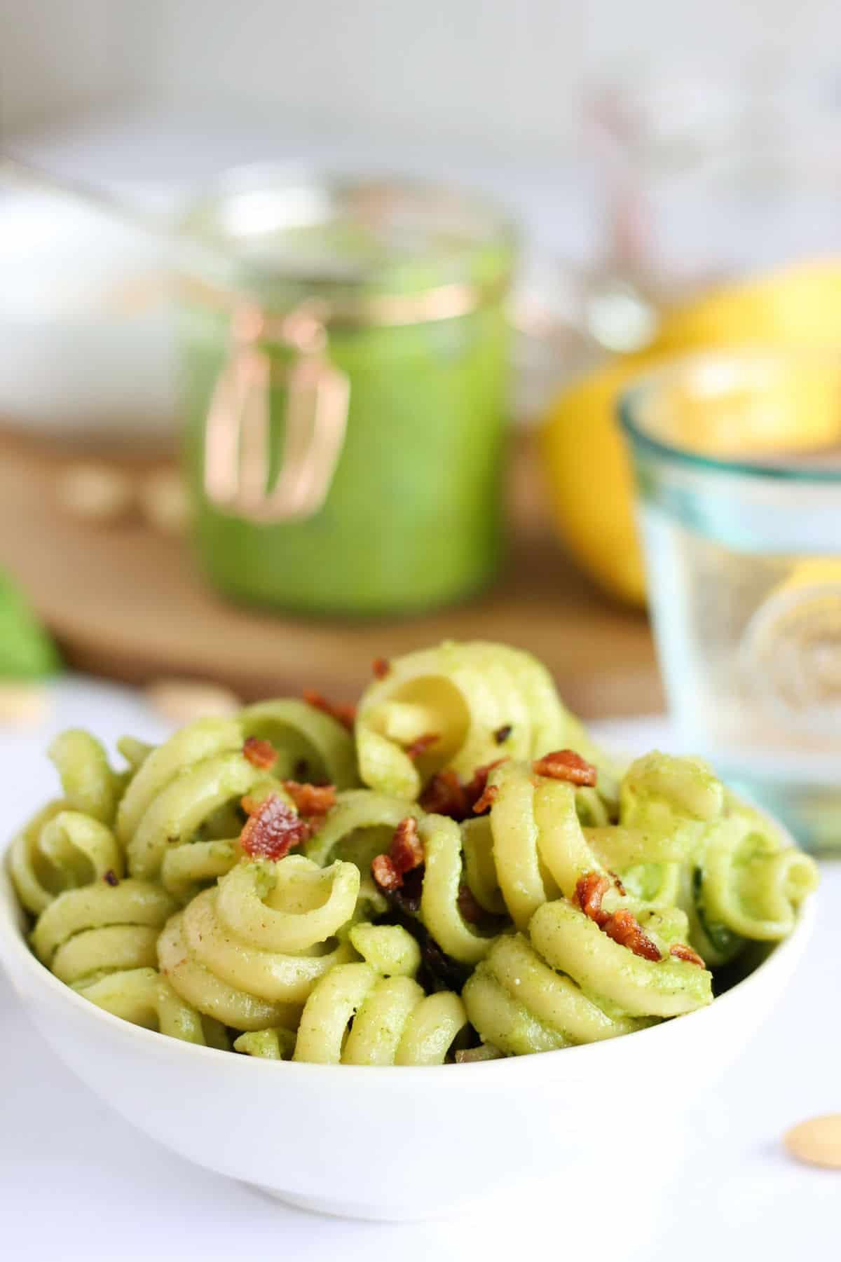 Pesto pasta with bacon sprinkles