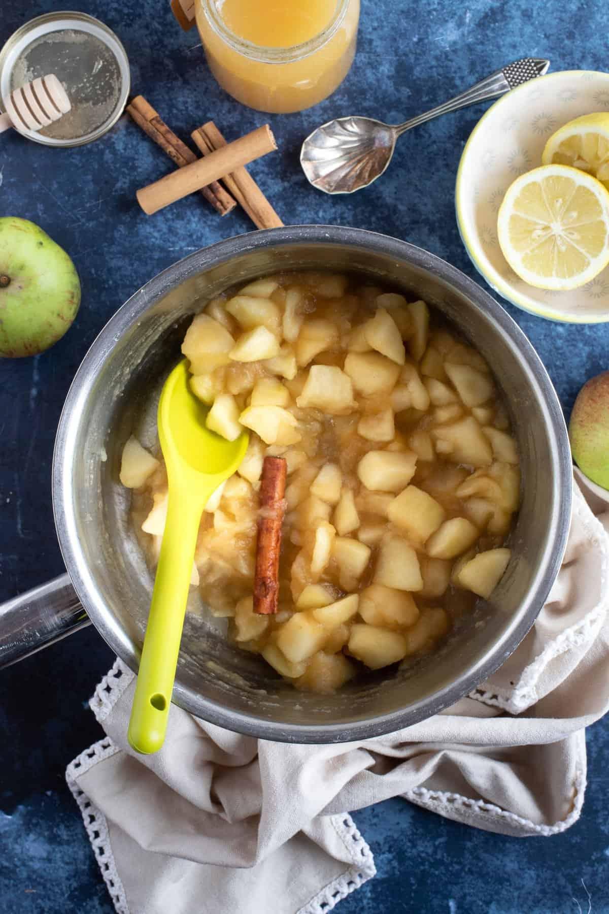 A pan of stewed apples.