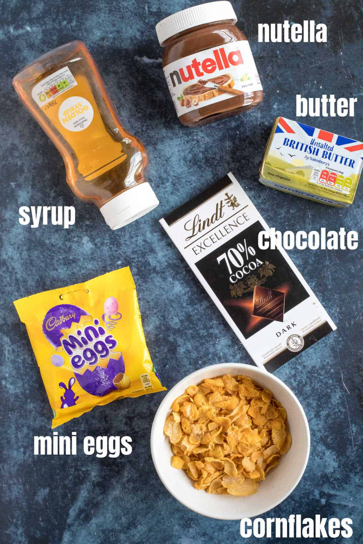 Ingredients for chocolate cornflake cakes.