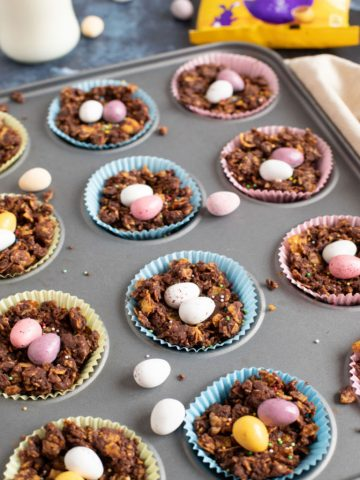 Chocolate cornflake cakes w in a bun tin.