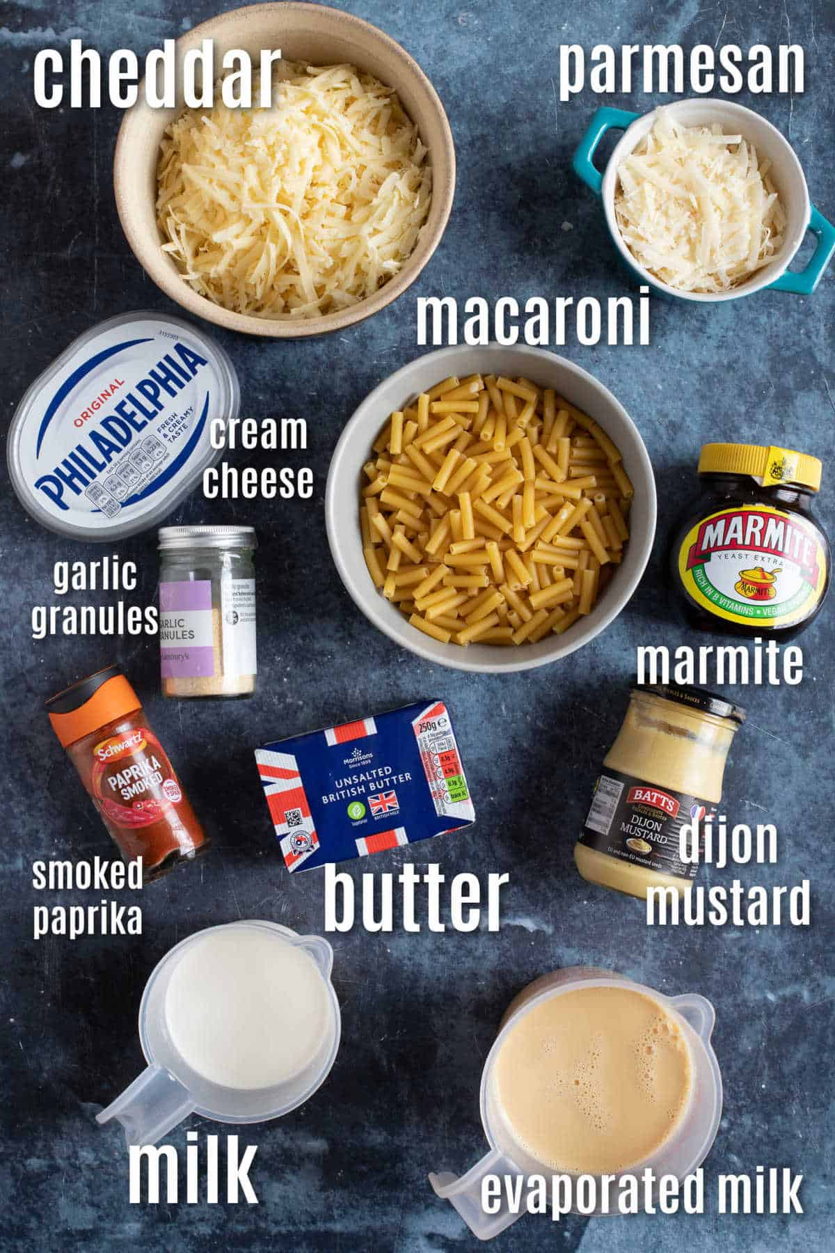 Ingredients needed to make slow cooker macaroni cheese